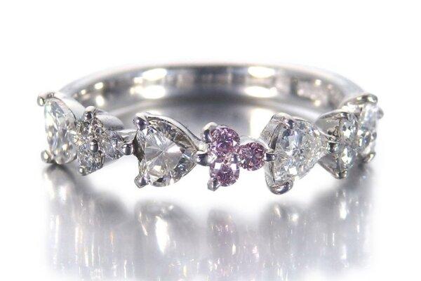 ピンクダイヤの指輪