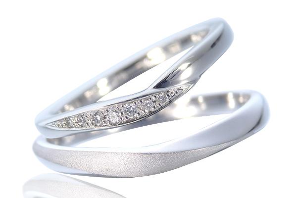 アシンメトリーな結婚指輪
