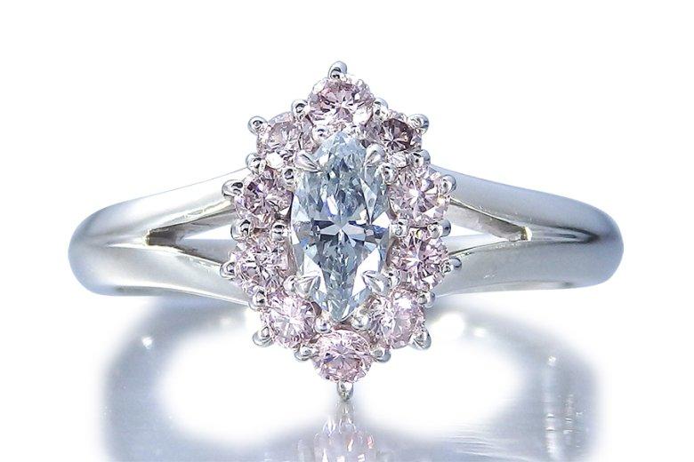 天然ブルーダイヤモンドの指輪